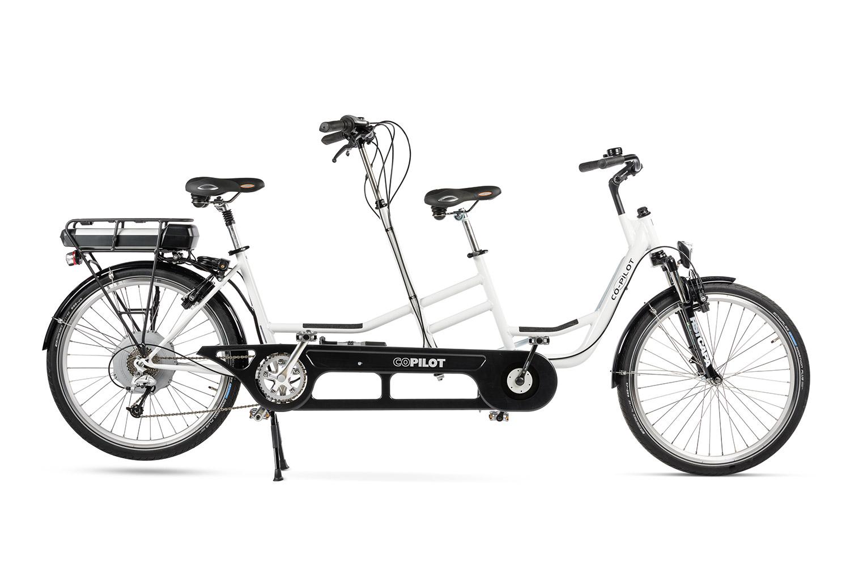Bicicleta tandem Co-Pilot para niños en blanco